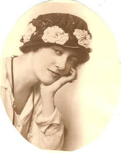 Dorothy Horton about1916